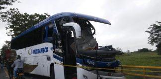 Accidente entre Buenavista y Planetarica, Córdoba, dejó una víctima fatal y 9 heridos.