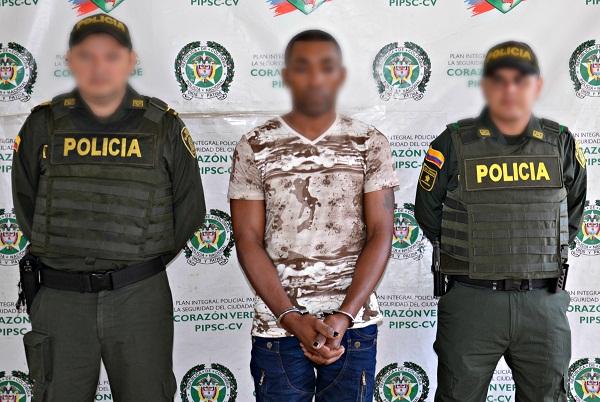 """Deivi José Ricardo Tapia, de 33 años, Alias """"Deivi o Mosco"""". foto Prensa Policía Nacional"""